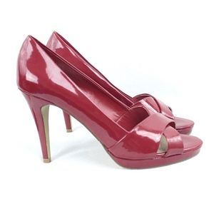 Unisa Open Toe Shiny Red 4 Inch Heels Size 10